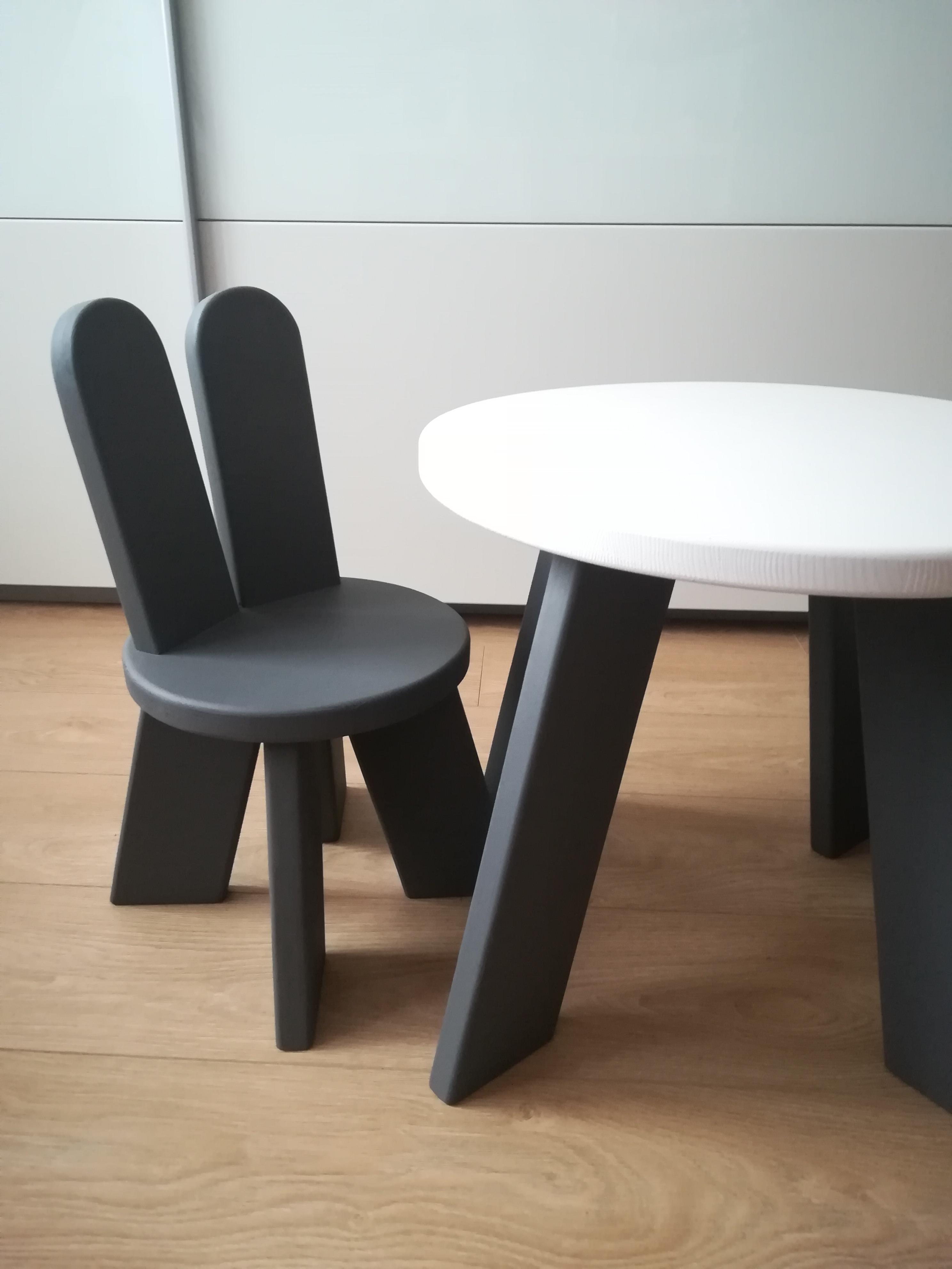 1e7b3a3fd421 Set Zajko 1 stolík+1 stolička nábytok pre deti- originalnevecicky.sk