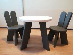 Set Zajko 2 stoličky + 1 stolík Image