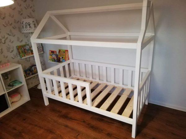 domčeková posteľ